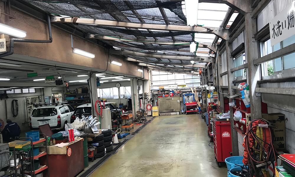 車検・修理・整備・点検・事故修理・保険など、車のことはお任せください。